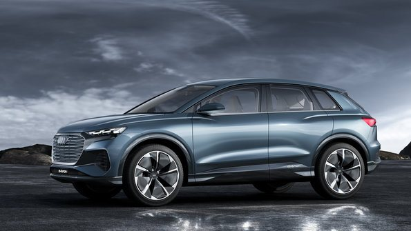 lateral Audi Q4 e-tron concept