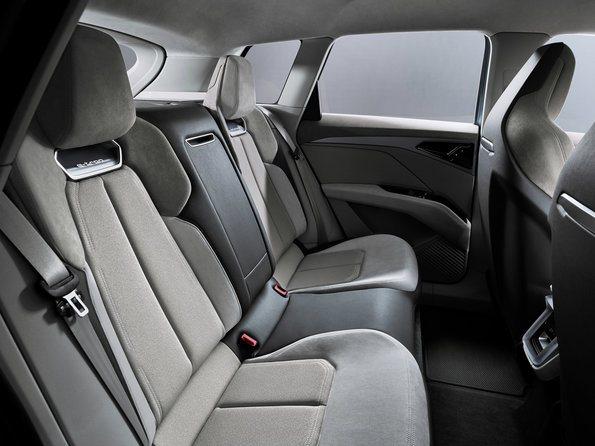 interior del Audi Q4 e-tron concept