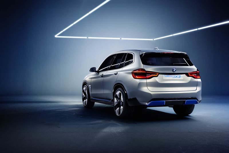 BMW-iX3-02