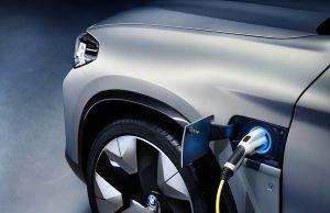 BMW-iX3-03