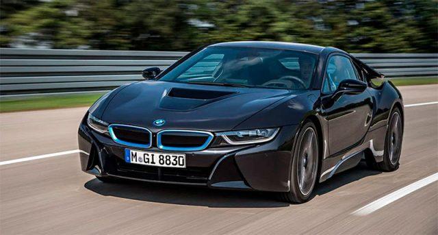 deportivo BMW i8 eléctrico