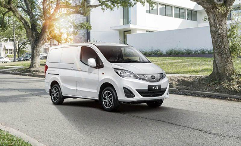 BYD-T3-Minivan