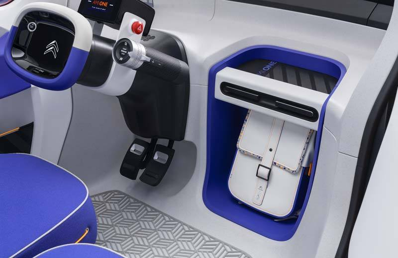 Ami-One-Concept-presentacion-citroen-salon-ginebra-2019-interiores_bolsa-almacenamiento-delantera