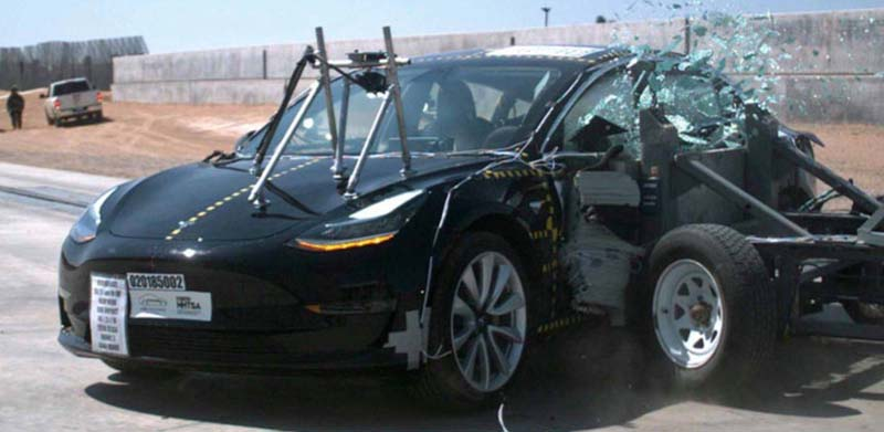 Choque-Lateral-Model3-NHTSA01