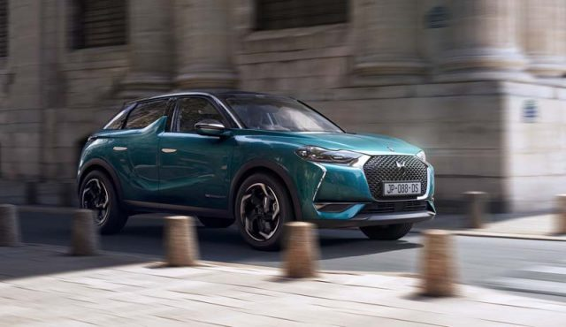 DS-3-Crossback-E-Tense_color-verde-movimiento
