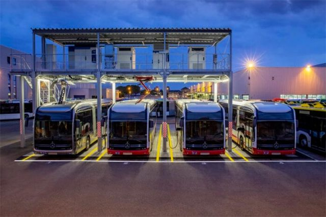 Carga de los autobuses eléctricos de Daimler