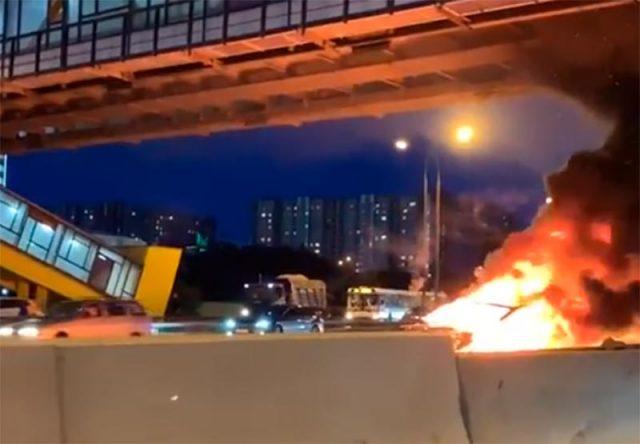 Explosión e incendio de un Tesla Model 3 en Rusia