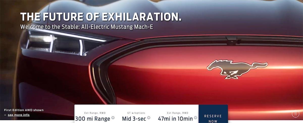 Detalle del morro del Ford Mustang Mach E