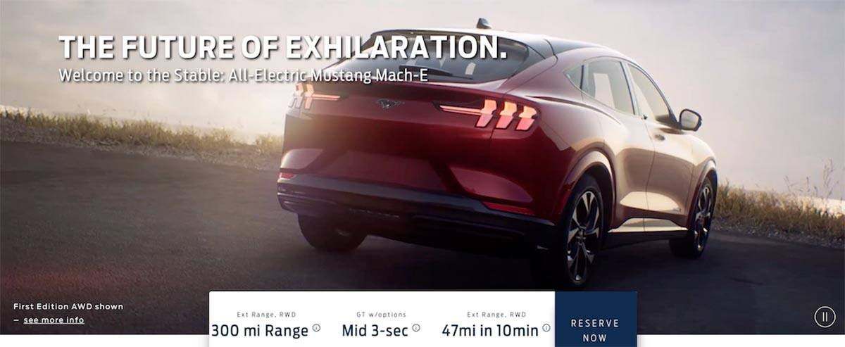 Trasera del SUV eléctrico Ford Mustang Mach E