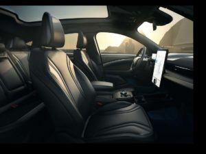 Vista interior del Ford Mustan Mach E