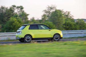Honda-e-amarillo-circuito2