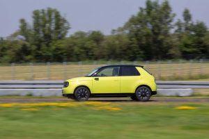 Honda-e-amarillo-circuito7
