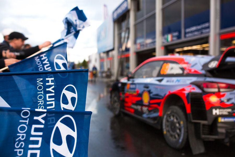 Hyundai-motorsport-bandera-equipo