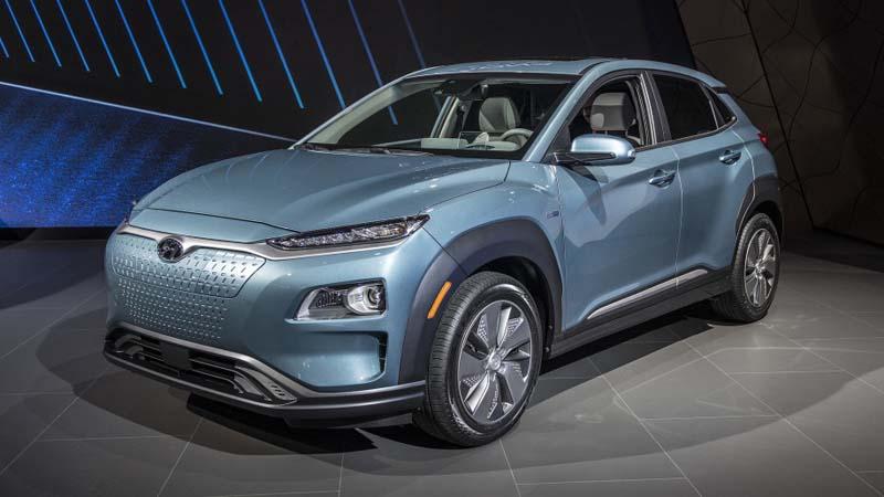 Imagen exterior del Hyundai KONA EV, vehículo totalmente eléctrico.