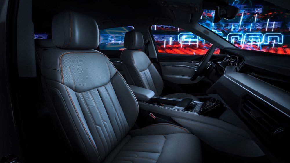 Interior-Audi-e-tron quattro02