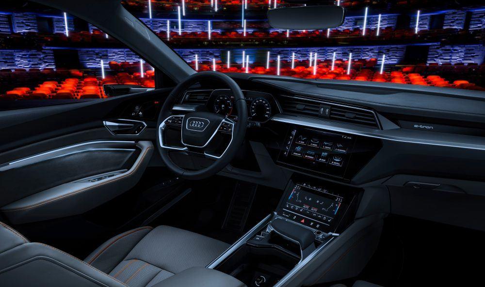 Interior-Audi-e-tron quattro04