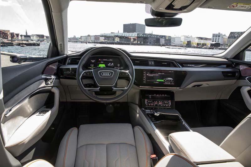 Interior-Audi-e_tron-quattro_Retrovisoresjpg