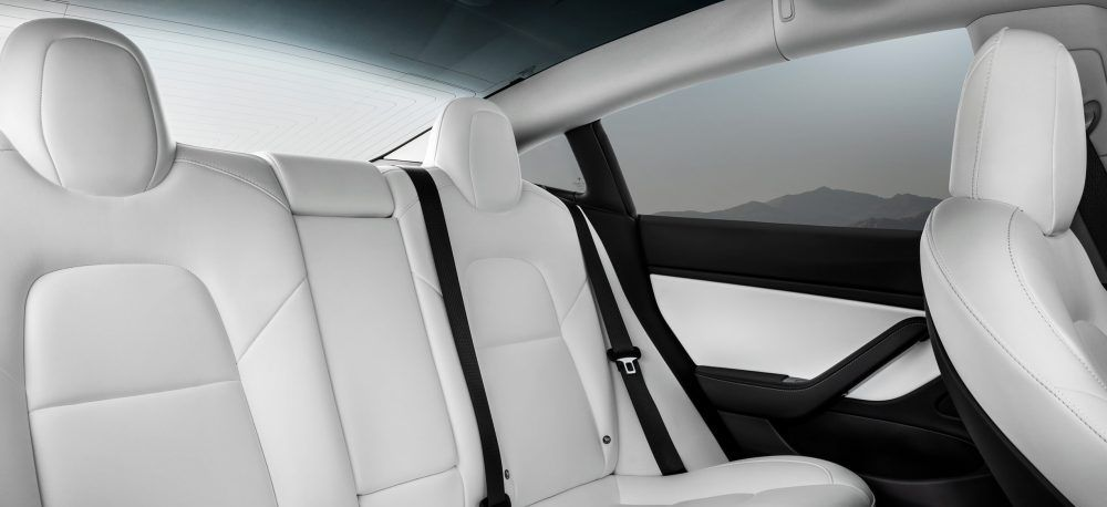 Interior-Blanco_Model-3