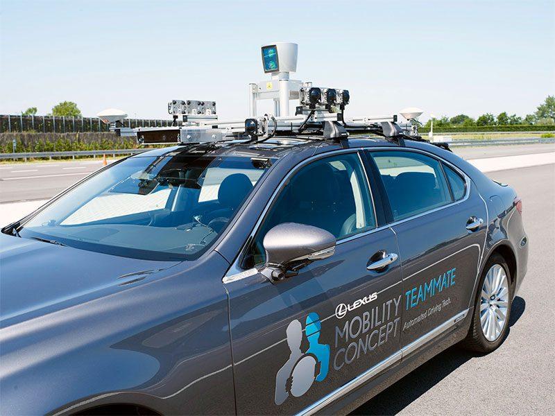 Detalle del sistema LIDAR en el Lexus para la conducción autónoma
