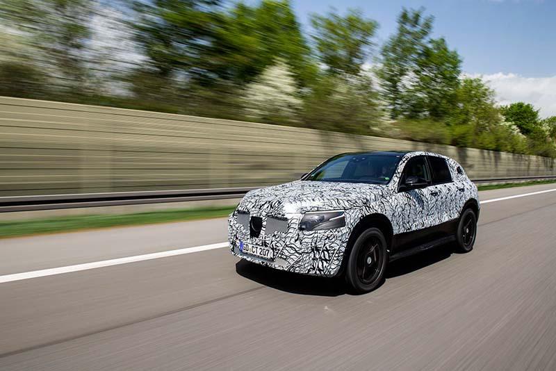 Mercedes-SUV_EQC