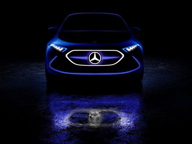Mercedes-concept-EQA03
