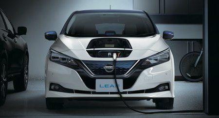 Nissan_Leaf-carga