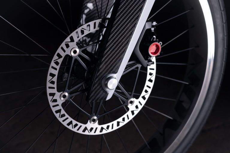 Novus_motocicleta-electrica-presentada-CES_2019_frenos