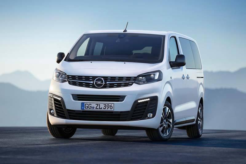 Opel-Zafira-Life-2019_Frontal