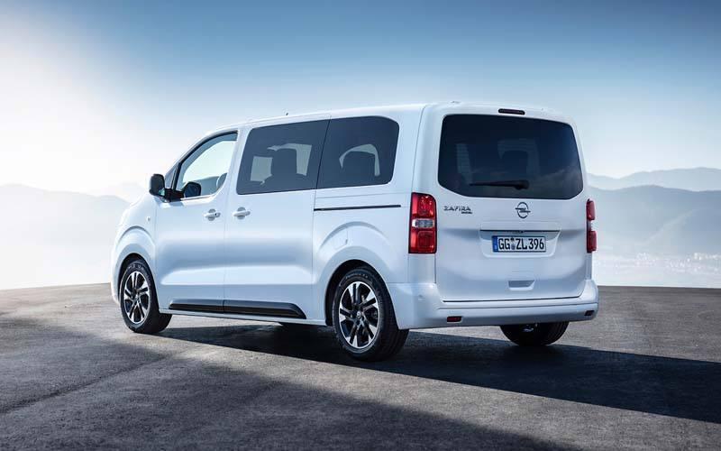 Opel-Zafira-Life-2019_Trasera