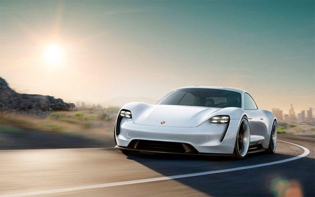 Foto del Porsche Taycan, deportivo totalmente eléctrico