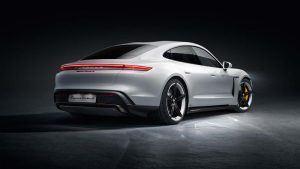 Trasera del Porsche Taycan