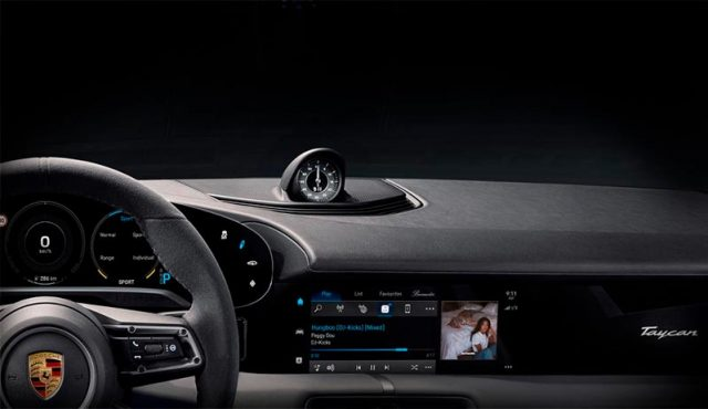 Porsche Taycan, interior con Apple Music integrado