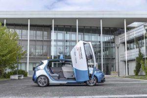 Renault-Zoe-Autonomo-Paris_lateral-puerta-abierta3