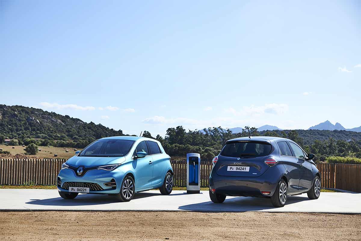 Foto del nuevo Renault Zoe, visto por delante y por detrás.