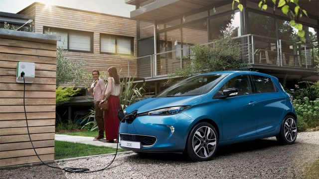 Imagen del Renault Zoe cargando