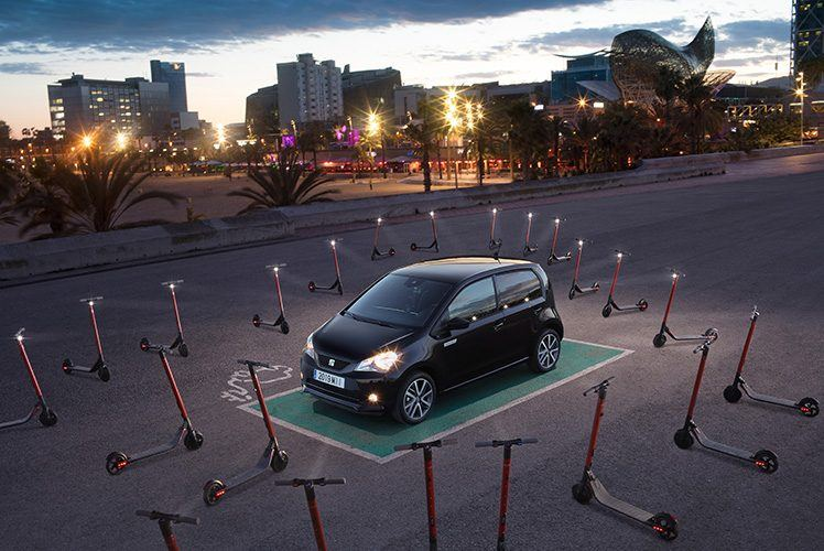 SEAT-Mii-Electric-roadeado-patinentes-electricos-exs-kickscooter