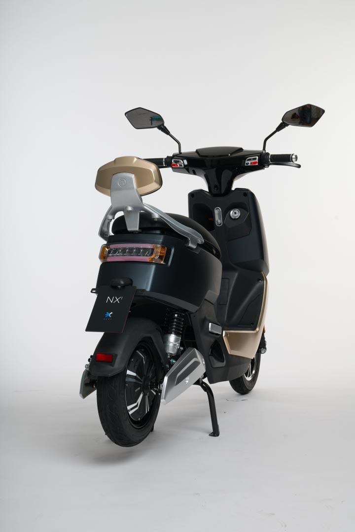 Scooter-electrica_NEXT-NX1_trasera