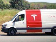 Tesla-Mobile-Service01