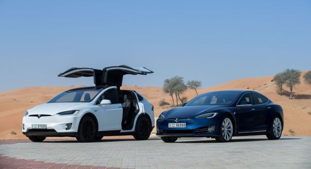 Tesla-ModelX-ModelS
