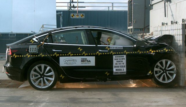 Tesla-model3-pruebas-NTHSA