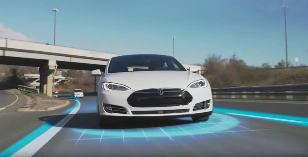 Tesla_AutoPilot2_01