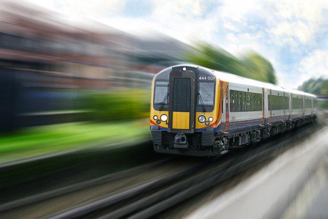 Tren que se alimenta de energía Solar en Reino Unido