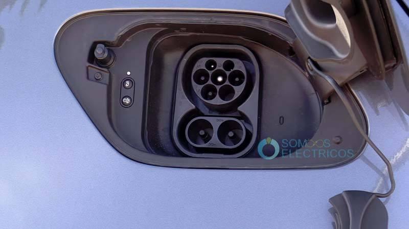 Volkswagen-e_golf-conector-carga
