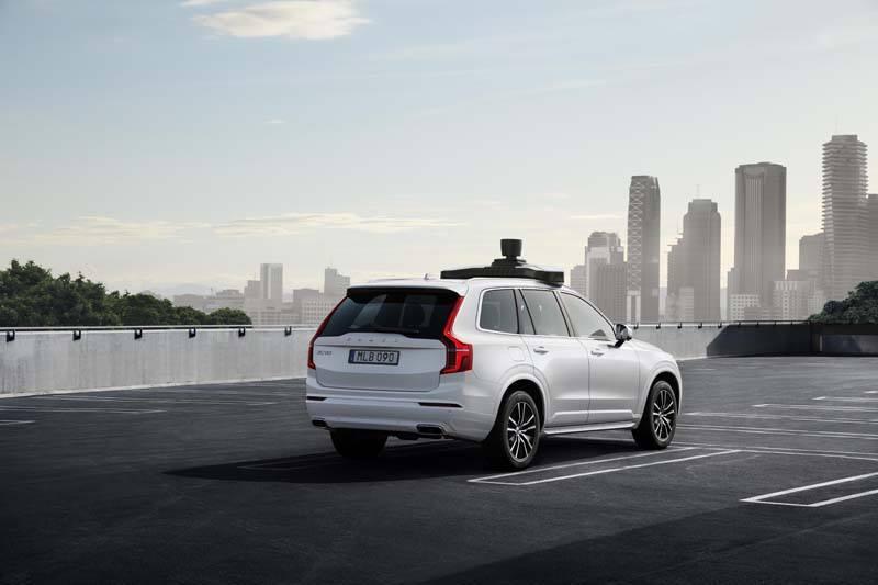 Volvo-Uber-coche-autonomo-trasera