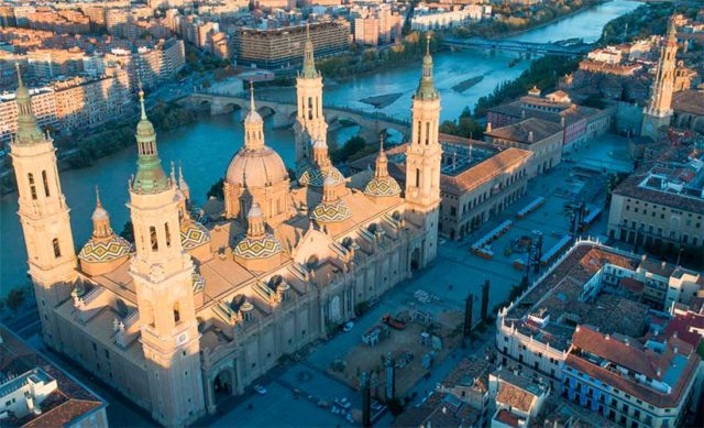 Foto aérea de la Basílica del Pilar - Zaragoza