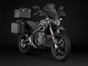 Zero-Motorcycles-Black-Forest-DSR-2020_lateral-frontal