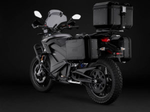 Zero-Motorcycles-Black-Forest-DSR-2020_trasera-lateral