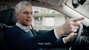 demostracion-sistema-multimodal-BMW-senalar-dedo-persona-real