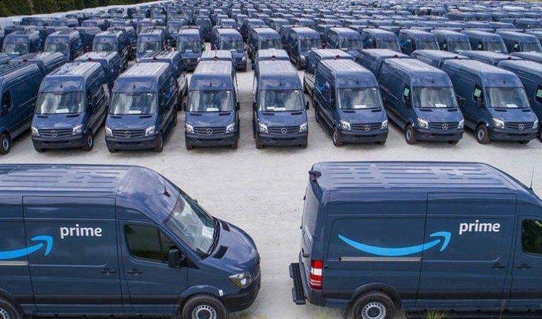 furgonetas-mercedes-sprinter-amazon-reparto