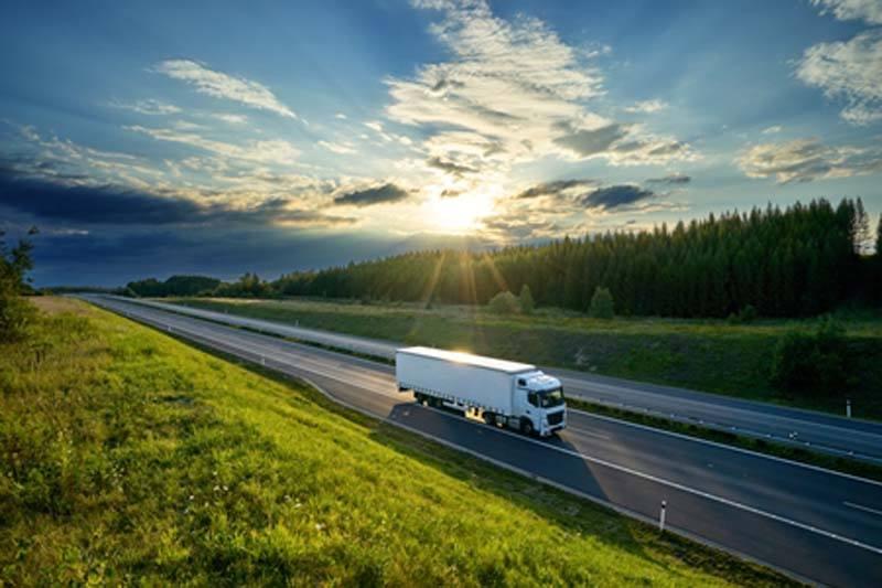 imagen-camion-normativa-aprobada-UE-reduccion-emisiones